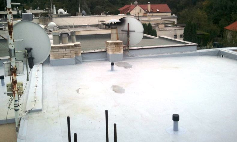 Rekonštrukcia plochej strechy Banka