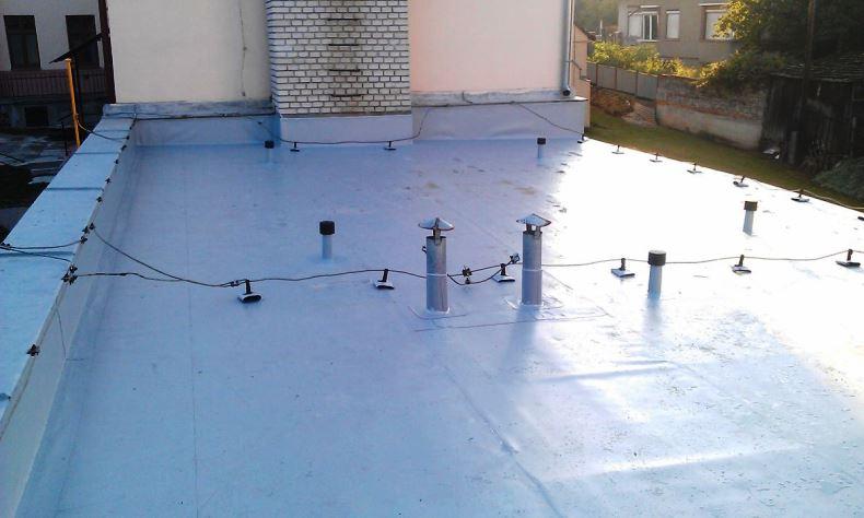 Rekonštrukcia plochej strechy Vrbové