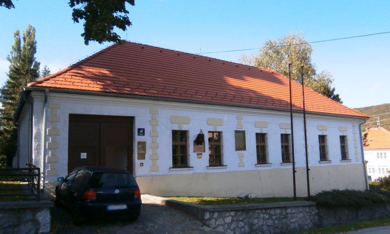 Rekonštrukcia šikmá strecha Dolný Lopašov 1