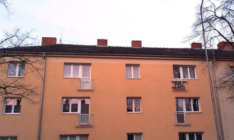 Rekonštrukcia šikmá strecha Bytový dom Pod Párovcami 1